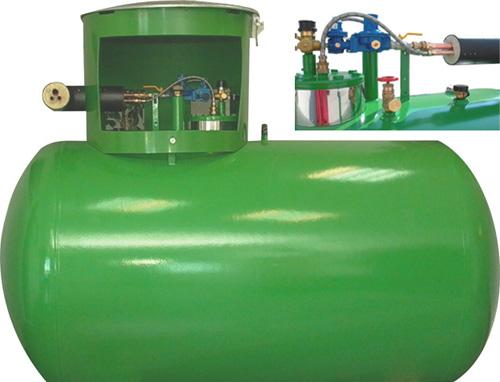 Газгольдер 4,8 м3 с внутренним испарителем и электрокотлом 50 кг/час.